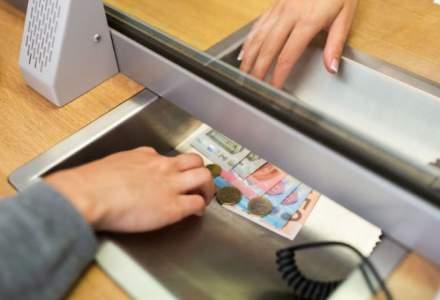 Cursul BNR trece de 4,92 lei/euro. Un nou record
