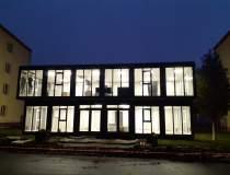 Clădire modulară inedită,...