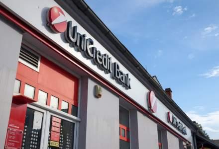 Clienții UniCredit Bank din Capitală și alte 11 orașe pot retrage euro de la anumite bancomate, la comisioane mai bune decât la ghișee