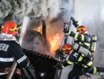 Incendiu în Ferentari: 12...