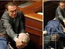 Bataie in parlamentul...