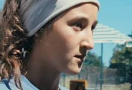 Alexandra Lungu, adolescenta de 13 ani care a jucat rolul principal in Minuni, film premiat la Cannes: Aici sunt acasa la mine. Acolo (Italia) nu, ma simt ca un intrus