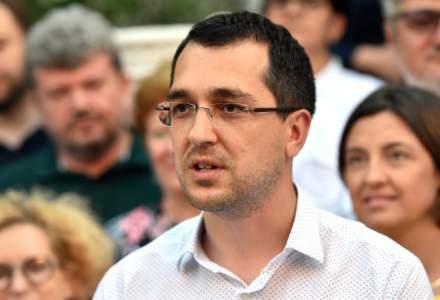 Voiculescu: Nu există un singur loc în Sănătate care să nu fie afectat de politizare