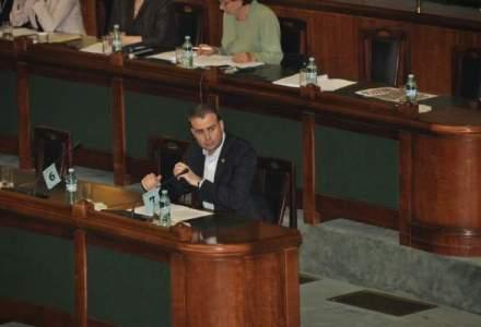Senatorul PSD Valcov, sotul Laviniei Sandru si finul lui Gusa, propus ministru al Bugetului