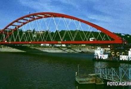 Novinite: Constructia celui de-al treilea pod peste Dunare va costa 200-270 de milioane de euro