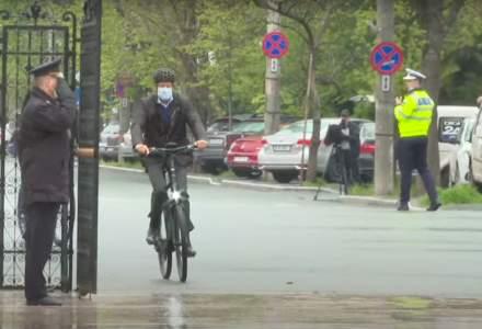 Preşedintele Iohannis - cu bicicleta spre Cotroceni în 'Vinerea Verde'