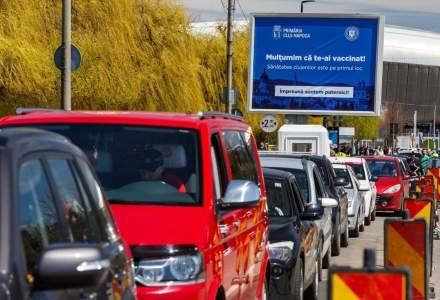 FOTO | S-a deschis centrul de vaccinare drive-thru din Cluj