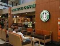 Starbucks deschide joi prima...