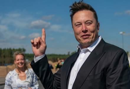 Câți bani are Elon Musk investiți în bitcoin prin intermediul Tesla