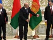 Fotografia zilei. Lukasenko,...