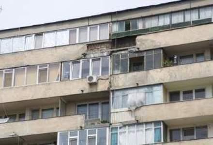 Cartier de 35 de blocuri, cu 10 etaje si pagoda, la Craiova