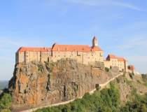 Castelul prințului care l-a...