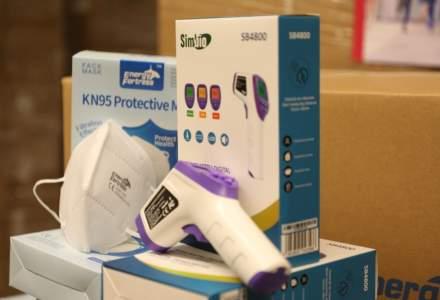 Fundația Altex a donat școlilor măști de protecție și termometre digitale