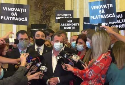 Protest în Parlament: PSD cere guvernului sa nu măsluiască cifrele din pandemie