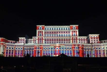 """Ziua Capitalei: proiectii multimedia pe Palatul Parlamentului si concert """"rEvolutia Muzicii Usoare Romanesti"""""""