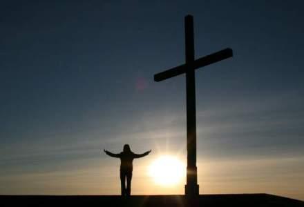 Jumatate dintre americani vor ca politica sa fie influentata de religie