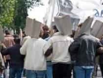 Peste 20.000 de sindicalisti...