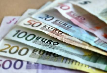 Miliardarii lumii pastreaza munti de bani cash
