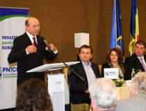 Basescu: Ponta este...
