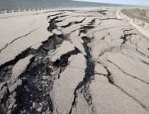 Peste 600 de cutremure s-au...