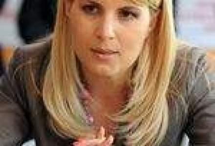 Udrea: Bugetul de stat pentru 2010 nu prevede majorarea TVA