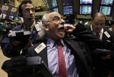 Adio fotografii cu brokeri care se ingramadesc in ringul bursei?