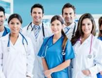 Medicii, scosi din categoria...