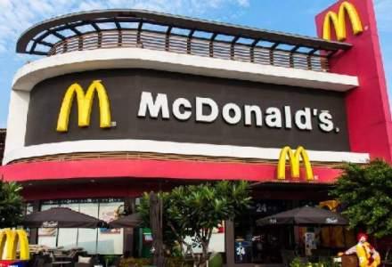 McDonald's promite schimbari; profitul companiei a scazut cu o treime in T3