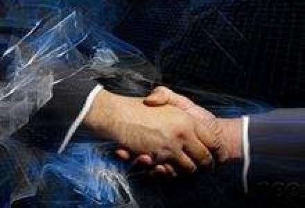 Doi giganti din piata de avocatura din SUA si Marea Britanie, aproape de un mariaj