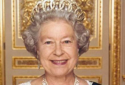 Regina Elizabeth a II-a expediat primul sau mesaj de pe Twitter