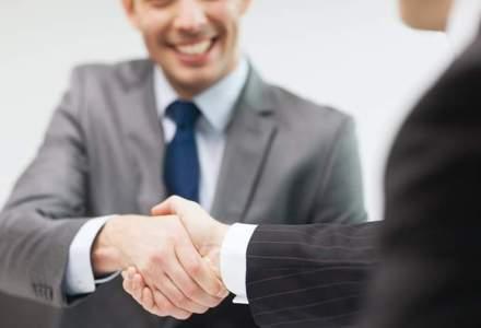 Tu unde lucrezi? Domeniile in care companiile din Romania inca mai platesc MBA-urile angajatilor