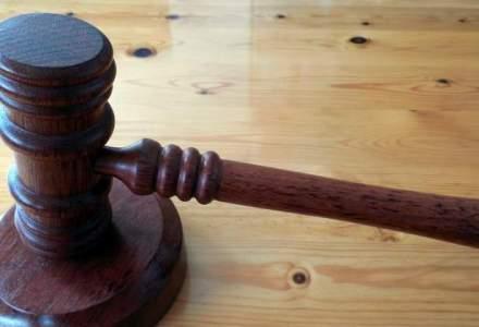 """Fosta directoare de la Liceul """"Dimitrie Bolintineanu"""", condamnata cu suspendare"""
