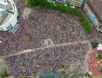 Cine a organizat protestele...