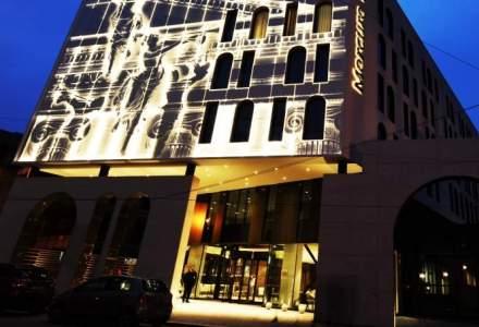 O familie de stomatologi deschide primul hotel Mercure din Romania