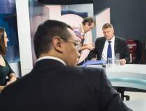 Ponta si Iohannis, fata in...