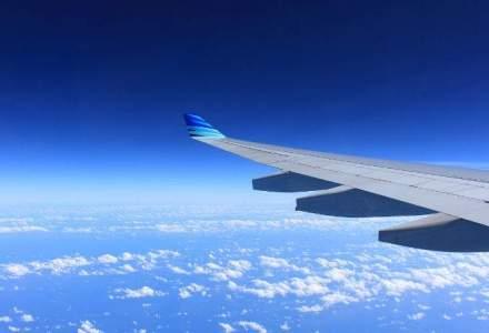 WSJ: SUA spioneaza telefoanele mobile din avion pentru a-i depista pe infractori