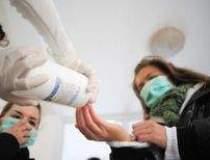 Primul deces de gripa porcina...