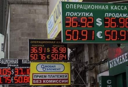 Ce inseamna prabusirea rublei: alimentele rusilor vor fi cu 50% mai scumpe, dar incasarile statului sunt in crestere