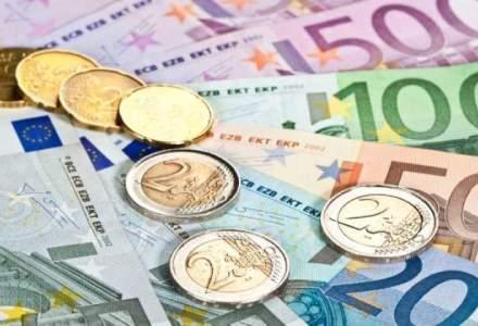 Excedent bugetar si in octombrie, in urma reducerii cheltuielilor pentru investitii
