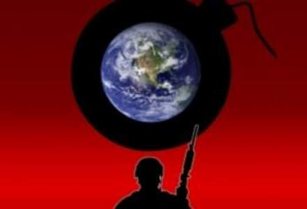 Criza ostaticilor: Al-Qaida a difuzat o inregistrare cu un american amenintat cu moartea