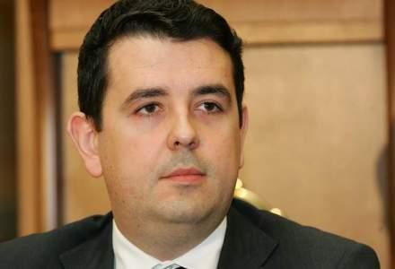 Cad capete pe bursa: Dragos Bilteanu si Najib El Lakis au fost arestati