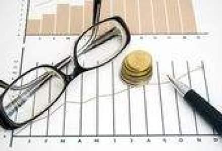 Deficitul de cont curent s-a redus de 3,6 ori, la zece luni