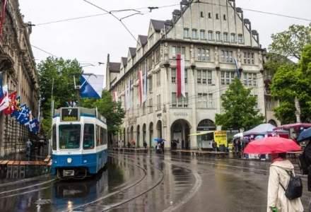Sute de anarhisti au devastat centrul orasului elvetian Zurich