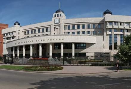 Masuri extreme in Rusia dupa caderea rublei: dobanda cheie a fost marita cu 6,5 puncte procentuale peste noapte