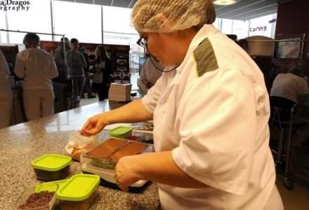 Fabrica in care ciocolata curge la robinet: cum se pregateste Heidi de Craciun