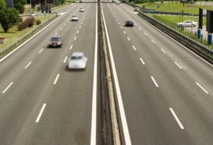 Lotul I al autostrazii spre granita cu Ungaria, deschis. Soferii vor circula cu cel mult 100 km/h