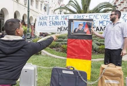 Grecia, out din zona euro? Angela Merkel este pregatita sa o lase afara