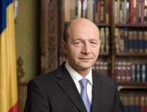 Traian Basescu a iesit la...