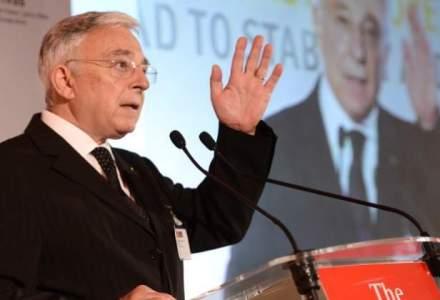 Mugur Isarescu: Grecia este un pericol mare, dar contaminarea sistemului bancar va fi limitata