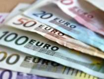 Euro coboara la un nivel...